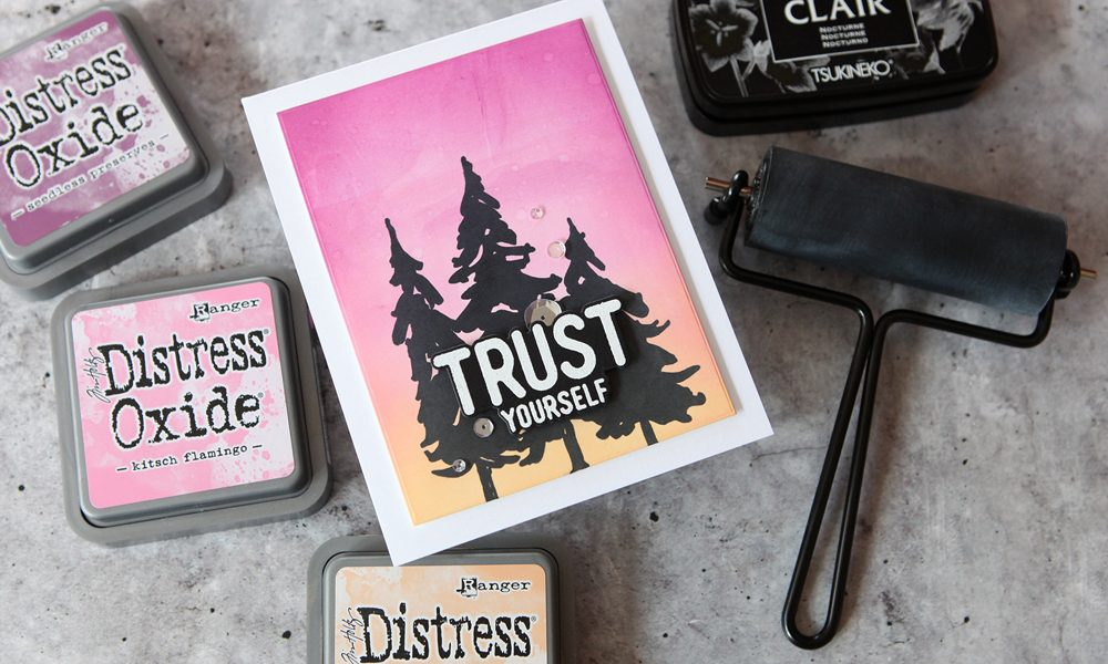 Simple brayer backgrounds using the new Tim Holtz Distress Brayer